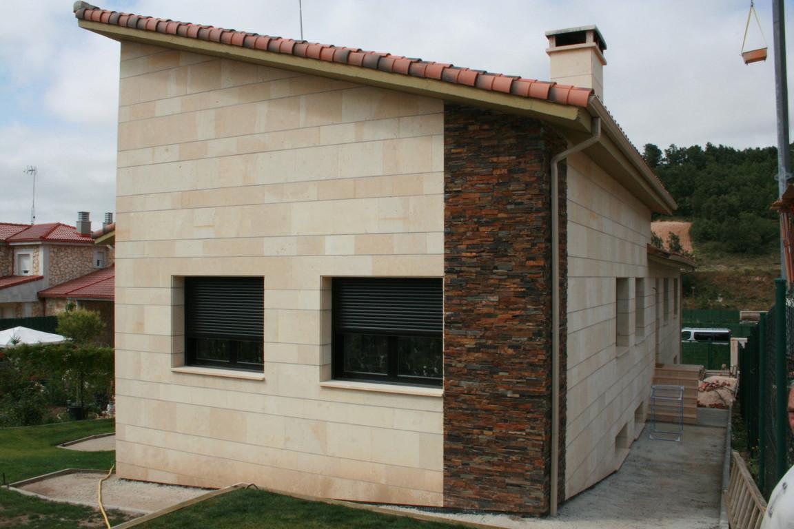 Grupo muser ejemplos de revestimientos de fachadas en piedra condado - Revestimientos para paredes exteriores en piedra ...